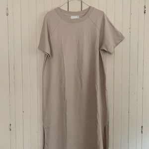 Cream Aritzia Wilfred free tee shirt midi dress